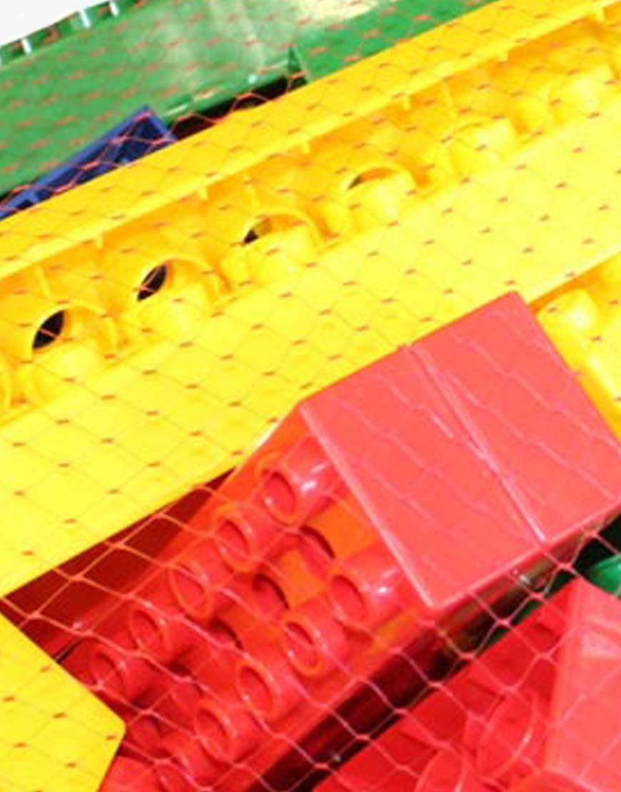 plastic lego crop